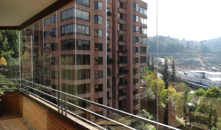 Cierre Plegable de Vidrio para Balcones